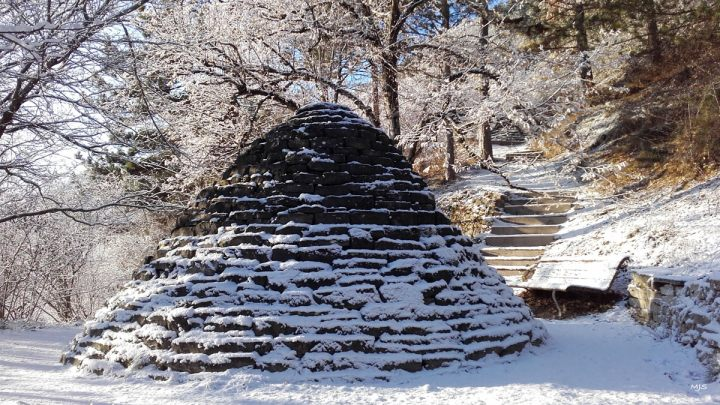 MP_Andy Goldsworthy_Cairn_neige_hiver